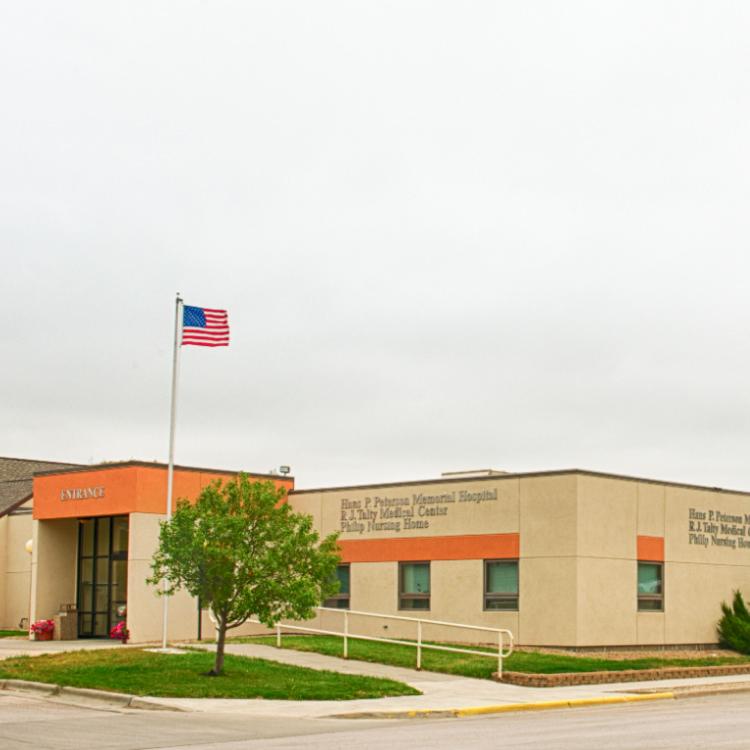 Hans P. Peterson Memorial Hospital